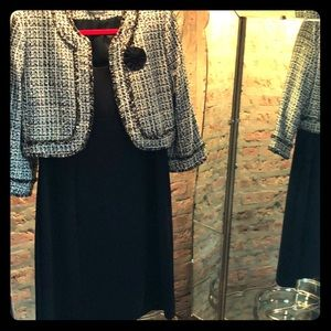 TAHARI NWT dress and jacket set SZ 12